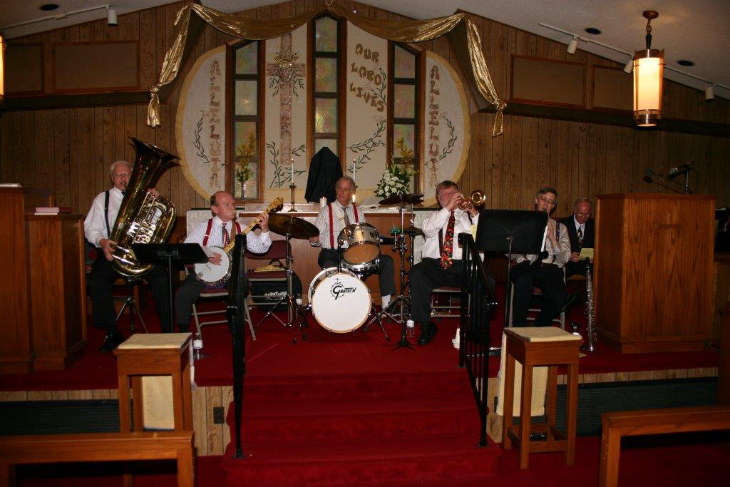 easter jazz band w midiri.jpg