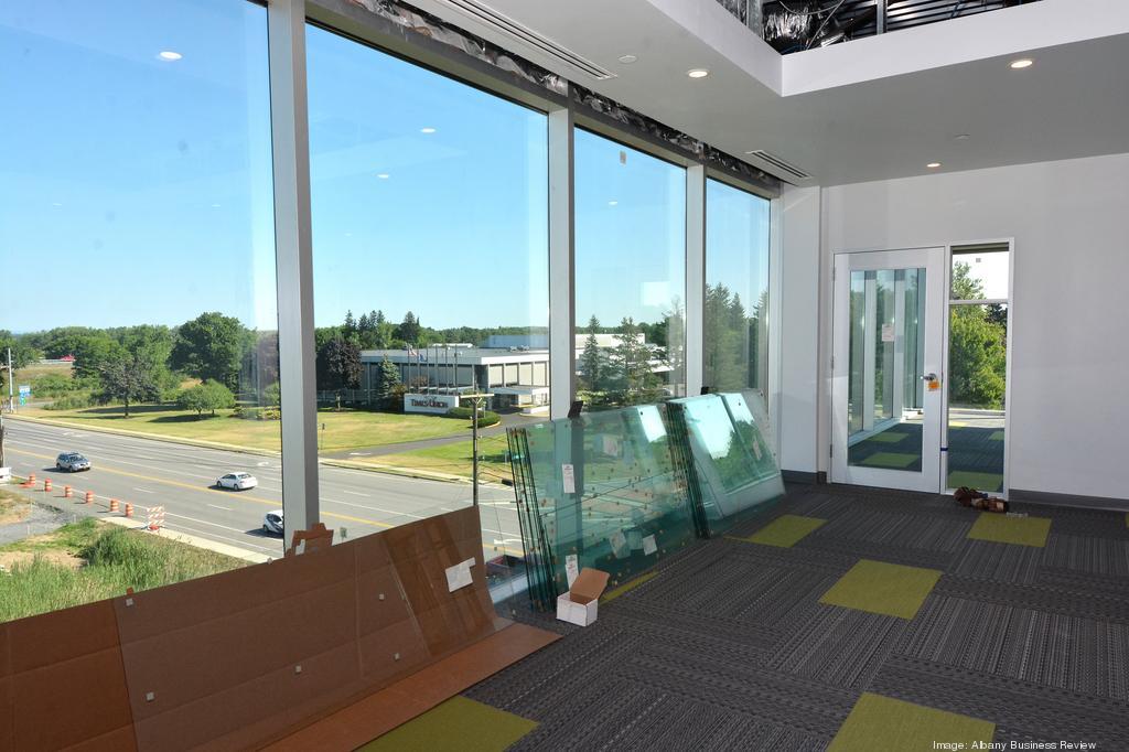 pioneer-bank-headquarters-7-2016-12.jpg