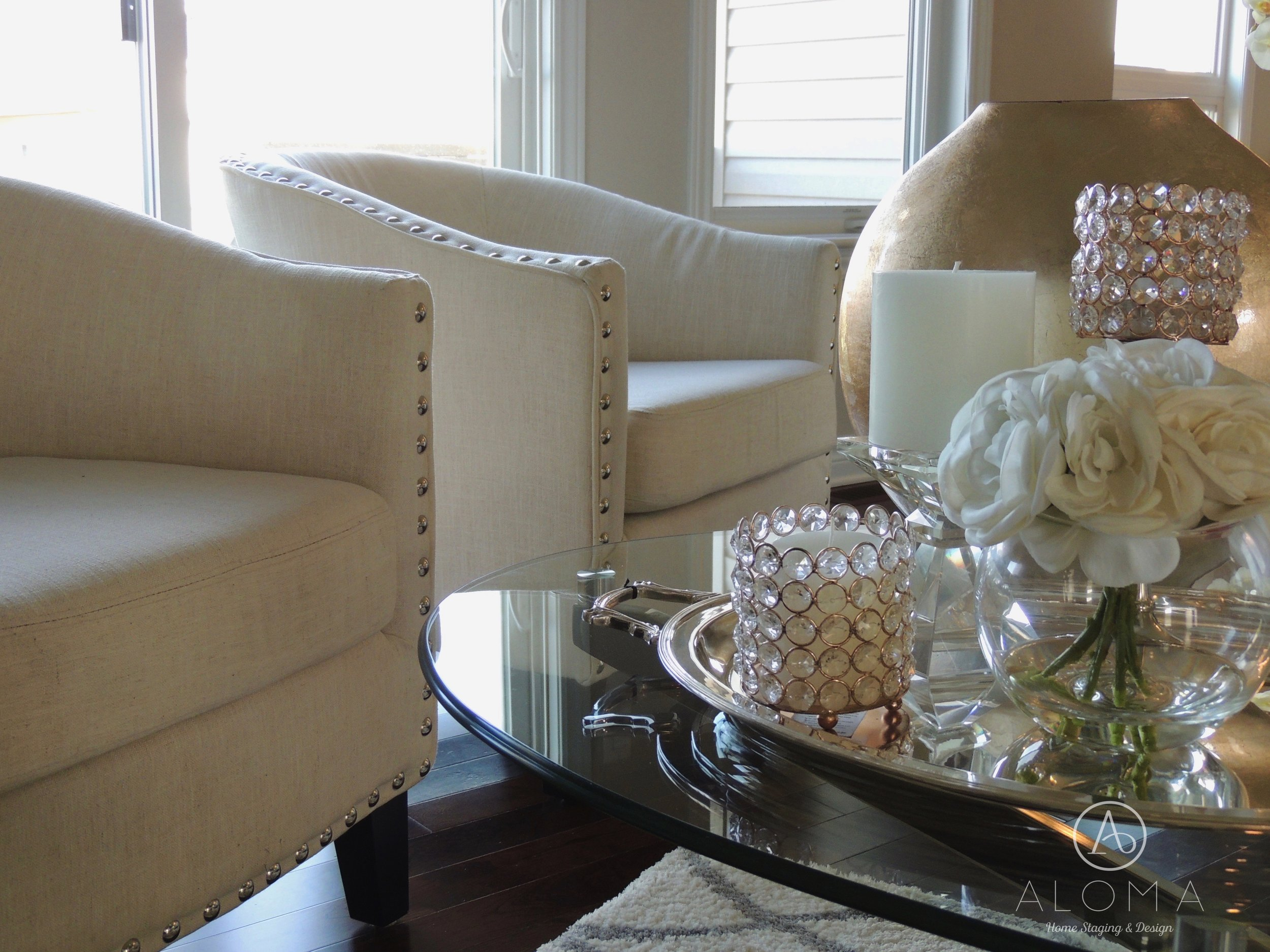 White accessories, crystal and copper by ALOMA Home Staging & Design