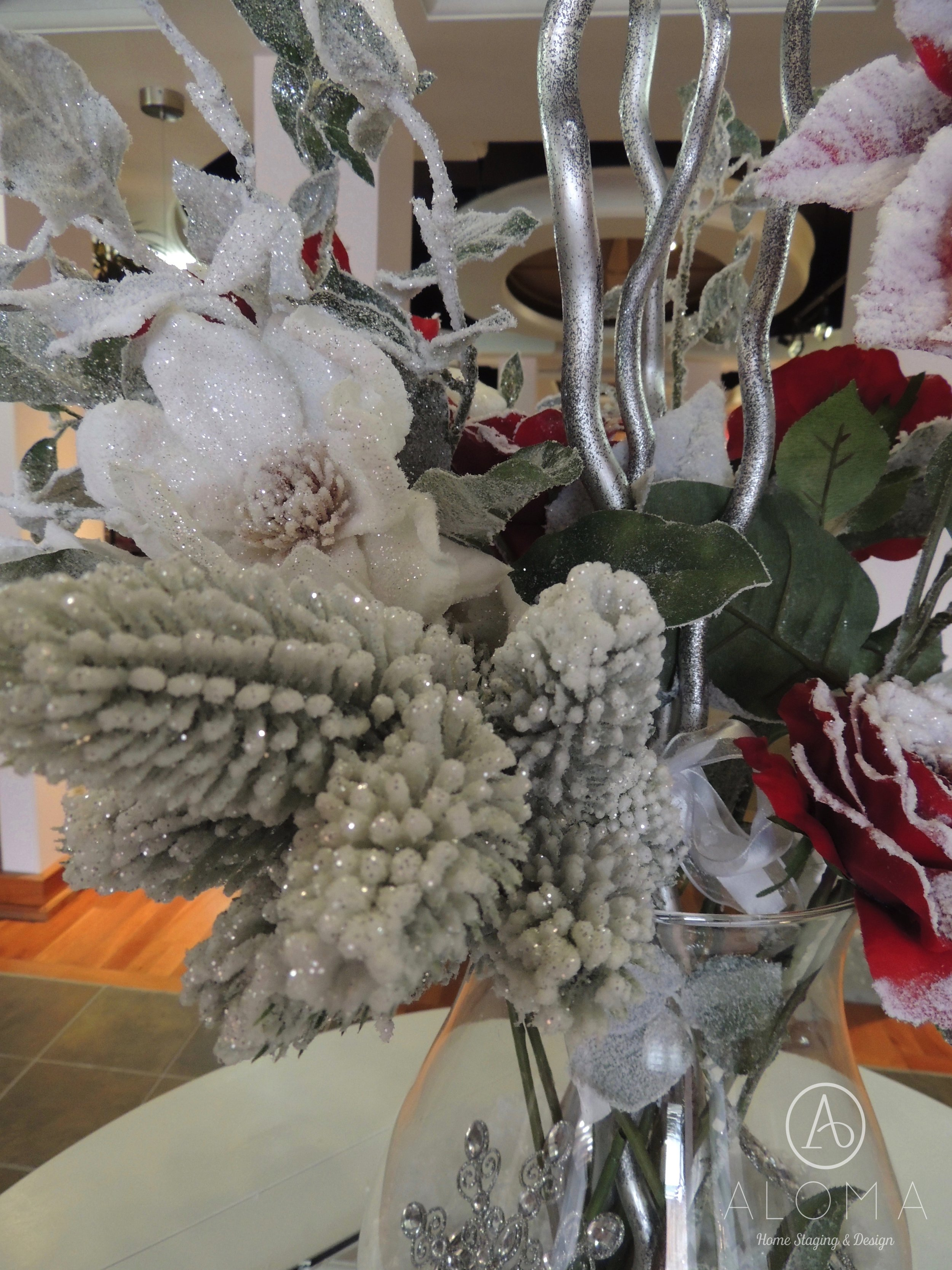 Christmas arrangement in vase by ALOMA Home Staging & Design