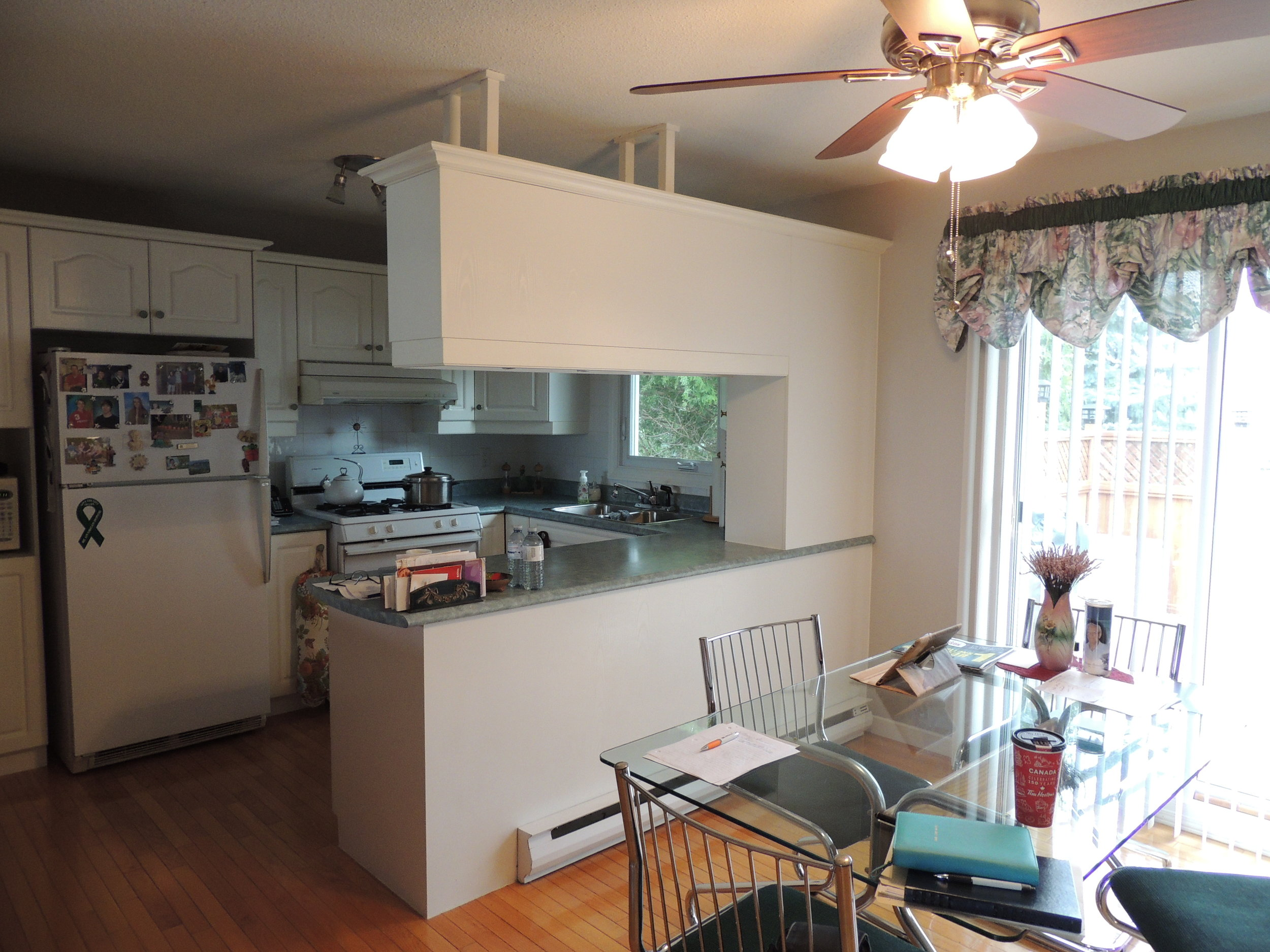 Before- Eating Area/Kitchen- ALOMA Home Staging & Design