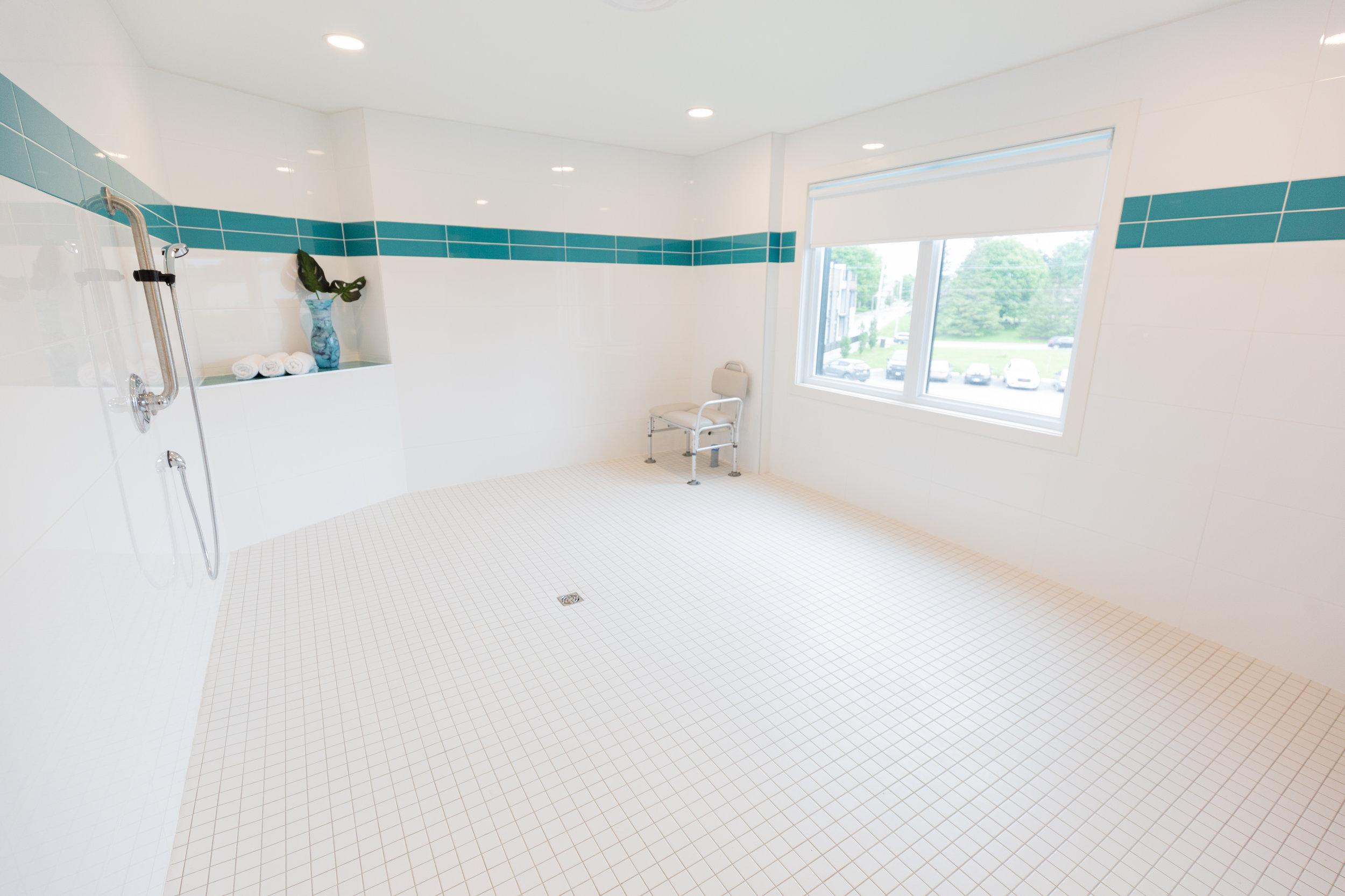 Shower Rm.- Aquatria (ALOMA)