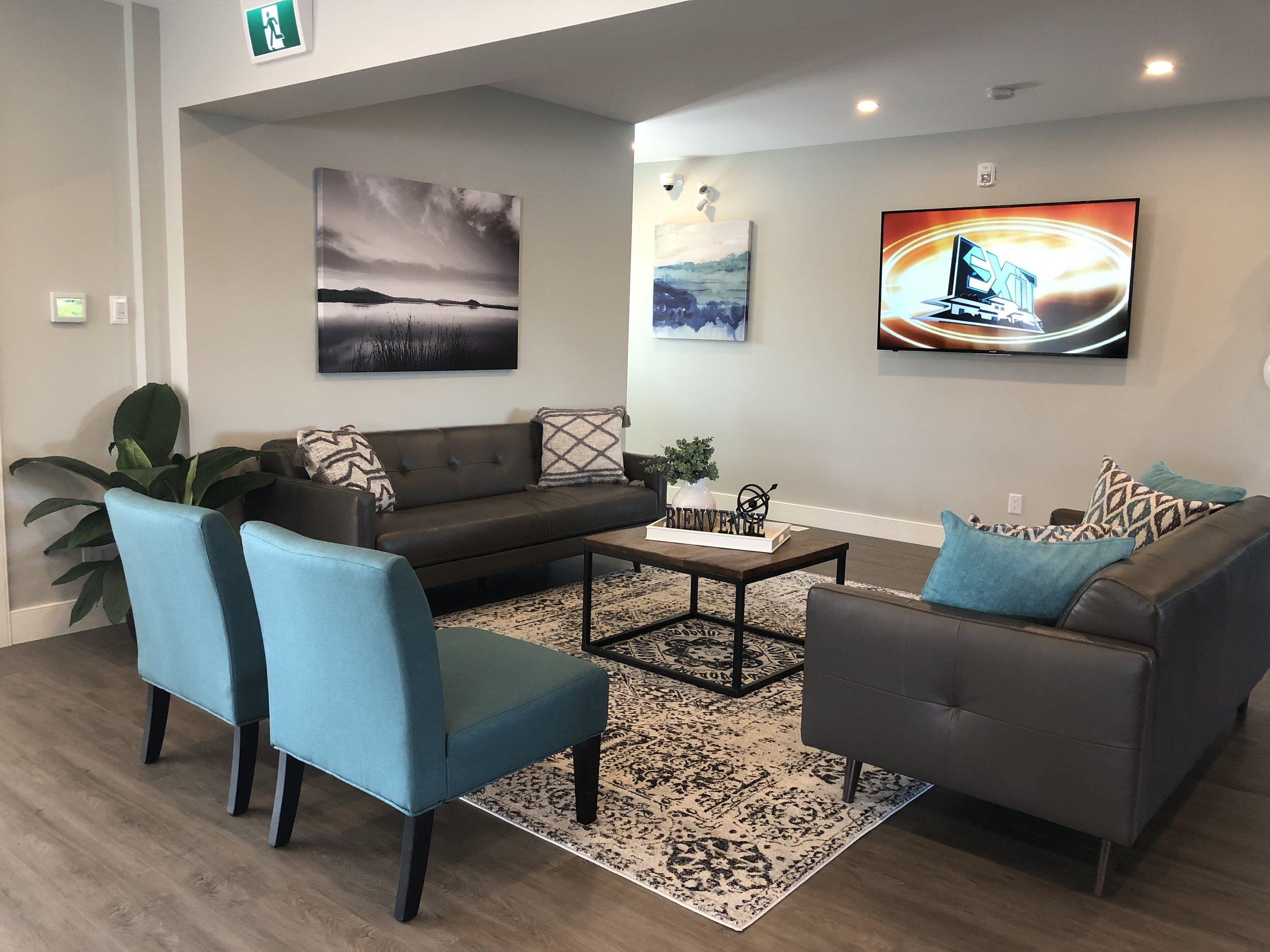 After-EXIT Realty By ALOMA Home Staging & Design