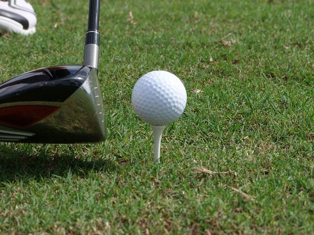 golf-ball-free-license-cc0.jpg