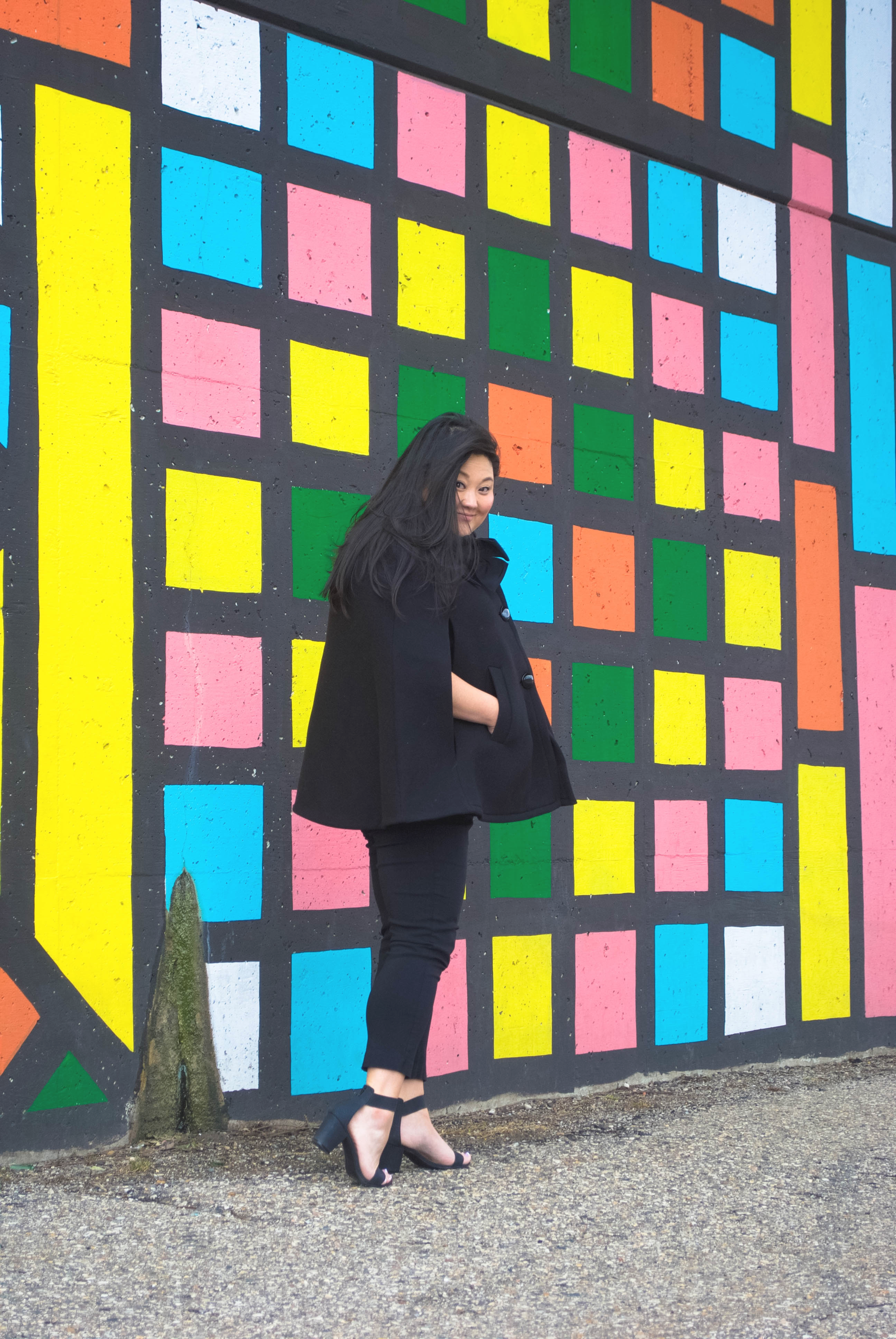 sincerely ashley | outfit post-kate spade cape