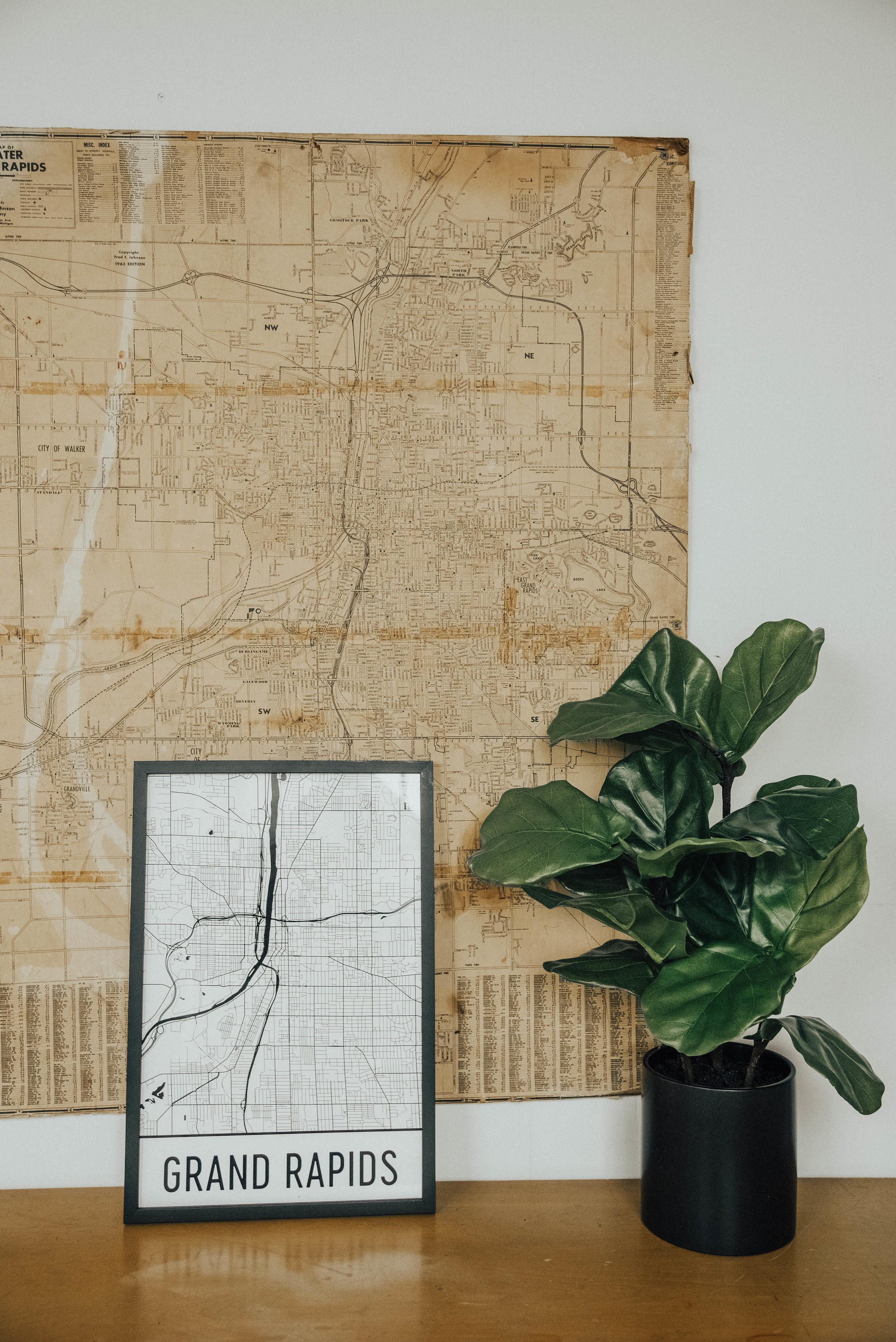sincerely-ashley-modern-map-art