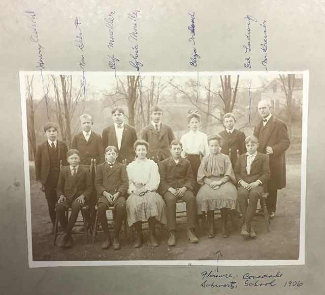 #TBT Did you know that there was a Covedale School that ran from c1894 - 1922? It was located on present day Sidney Rd. In 1921, Cincy schools absorbed Covedale. Over the next few decades, the population grew and the new Covedale School was built in the 1950s. Pic: Class of 1906