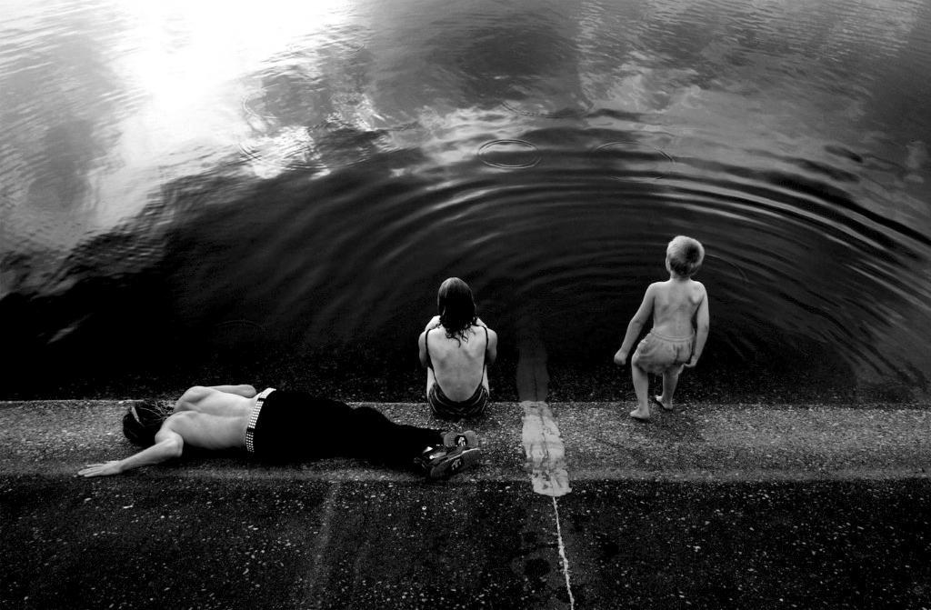 ct swimbw.jpg