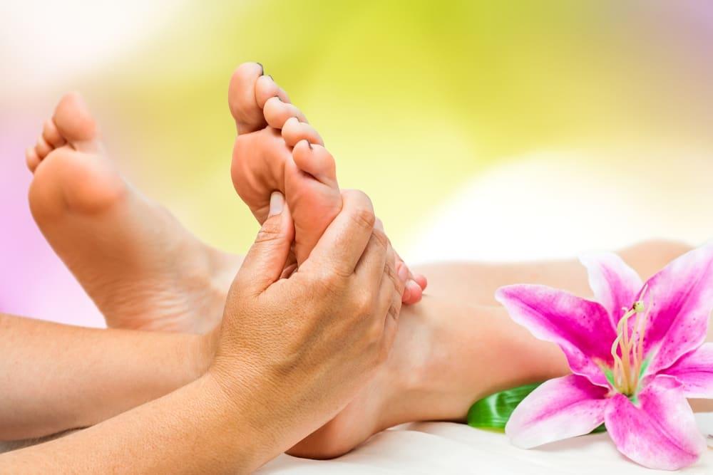 Foot Reflexology Massage vs. Foot Massage