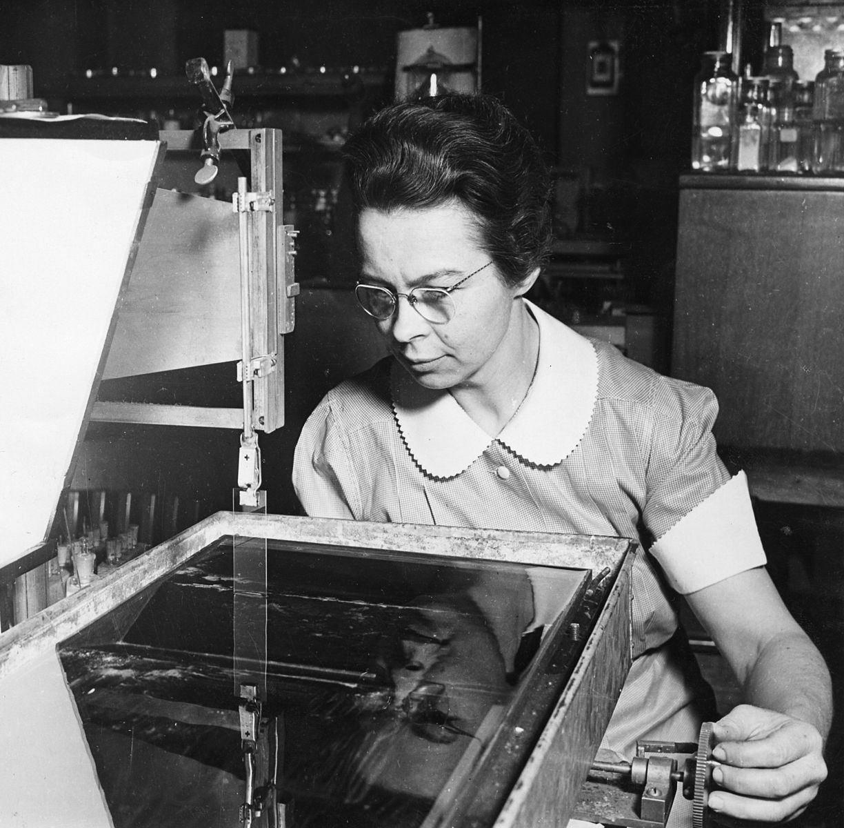 Blodgett was a physicist and chemist, as well as the first woman to earn a PhD in physics from University of Cambridge. She invented non-reflective, or invisible, glass, which was famously first used in  Gone with the Wind  for very clear cinematography.