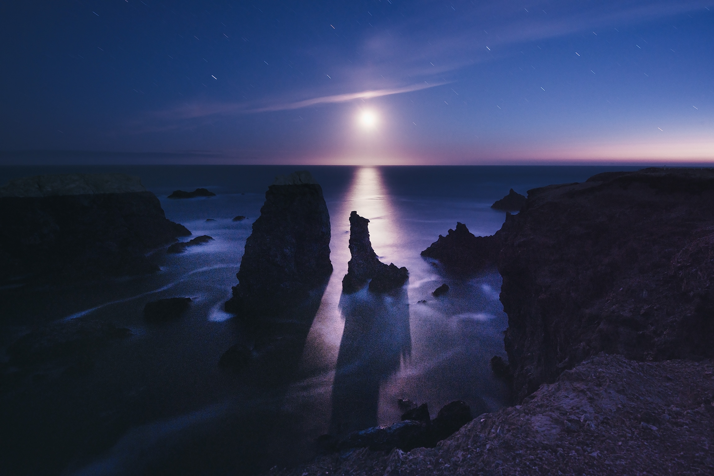 Moonset, Port Coton