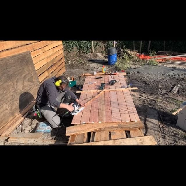 Is this the way to do this? . . . #reciproa #woodworking #garden #fencebuilding