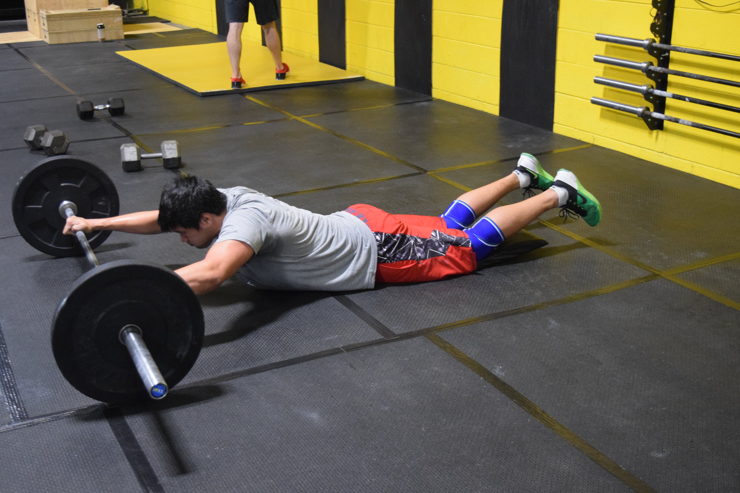 Barbell Roll Outs