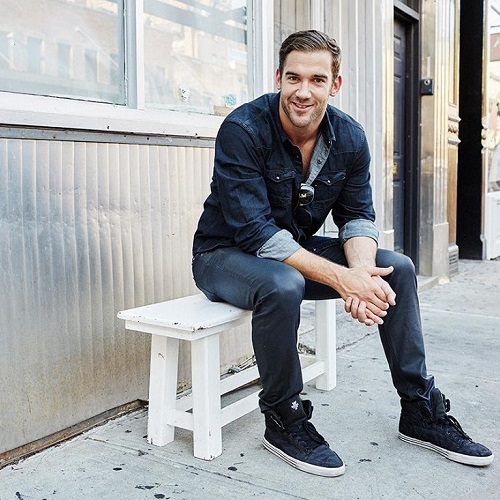 Lewis Howes, Athlete/Author/Podcaster – The School of Greatness