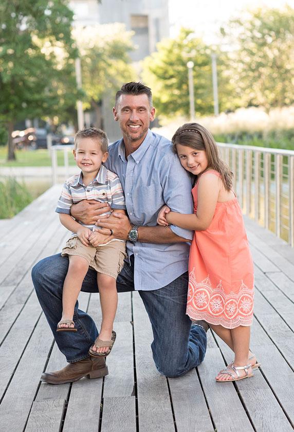Dad-Children-Photos-Houston-Photographer.jpg