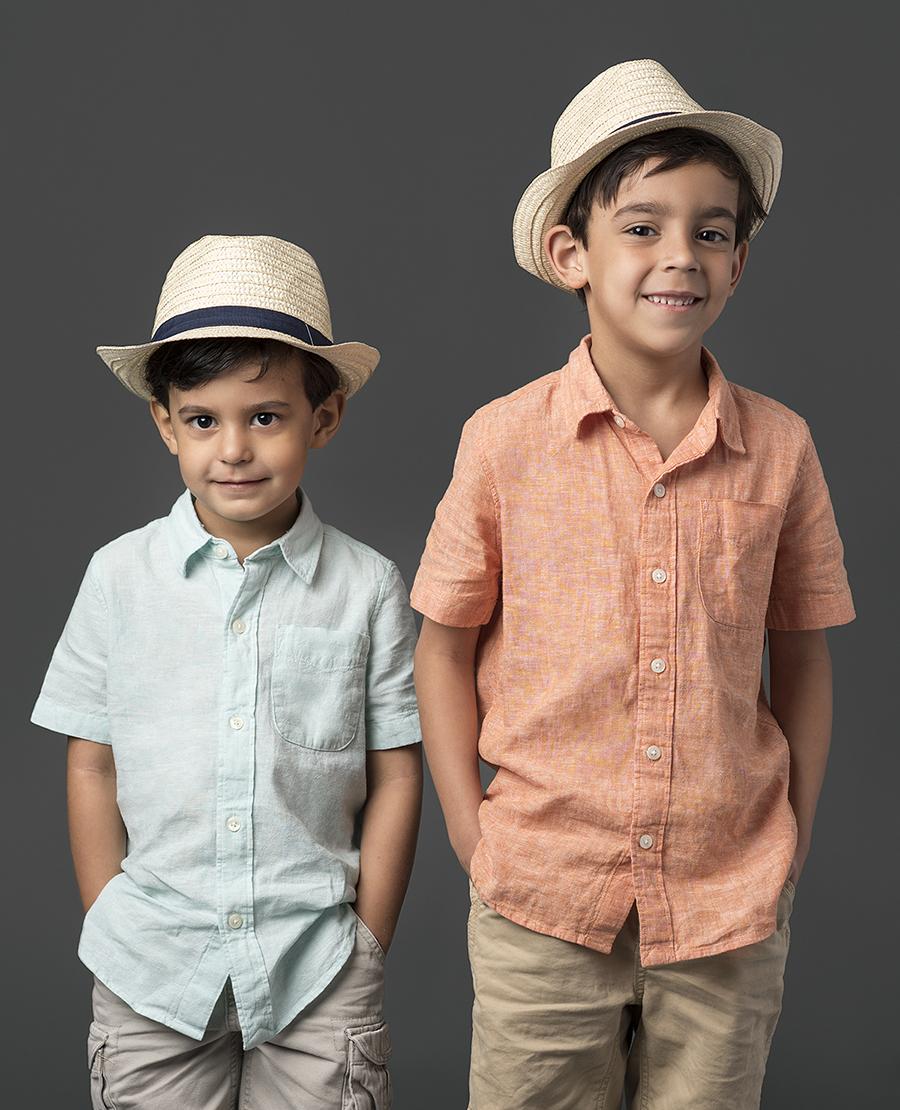 Houston-Rice-Village-Studio-Newborn-Family-Portraits-3.jpg
