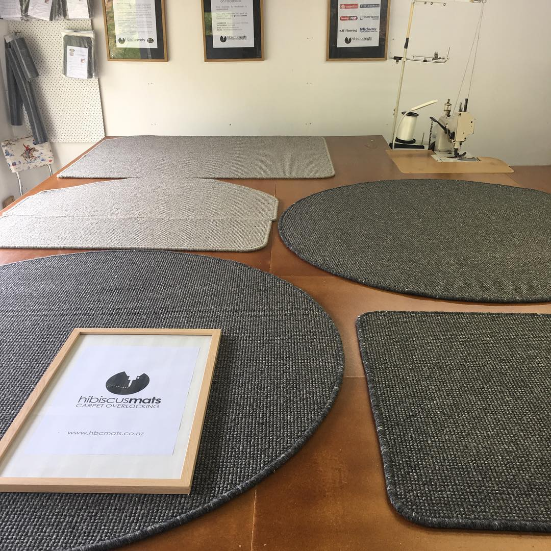 Hibiscus Mats Carpet Overlocking Circular Carpet Mats