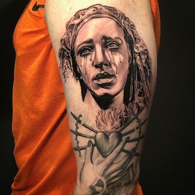 Fresh vs Healed • Just a little work in progress of @mitchrendueles_mma sleeve... to be continued 🤘🤓 Thanks for looking! #tattoo #tattoos #blackandgrey #blackandgreytattoo #blackandgreysleeve #blackandgreyallday #virginmarytattoo #sacredhearttattoo #girlswithink  #guyswithink #girlswithtatts  #guyswithtattoos #inkedgirls #inkedup #inkedmag #inkedup #inklife #inkedlife #marylandtattooartist #chriscartertattoos