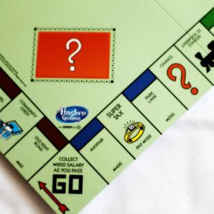 Monopoly_final_transparent.png