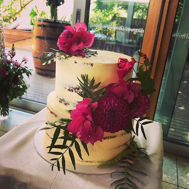 Semi-naked wedding cake sitting pretty at @truffleduck this weekend. Vanilla and chocolate cakes with salted caramel buttercream #geelongcakes #geelongbusiness #geelongsmallbusiness #geelongcatering #seminakedcake #rusticweddingchic #rusticchicweddingcake #thebarraboolbaker