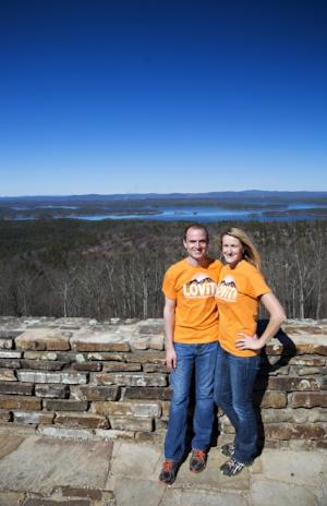 Dustin & Rachel Speer – courtesy of Wesley Hitt Photography