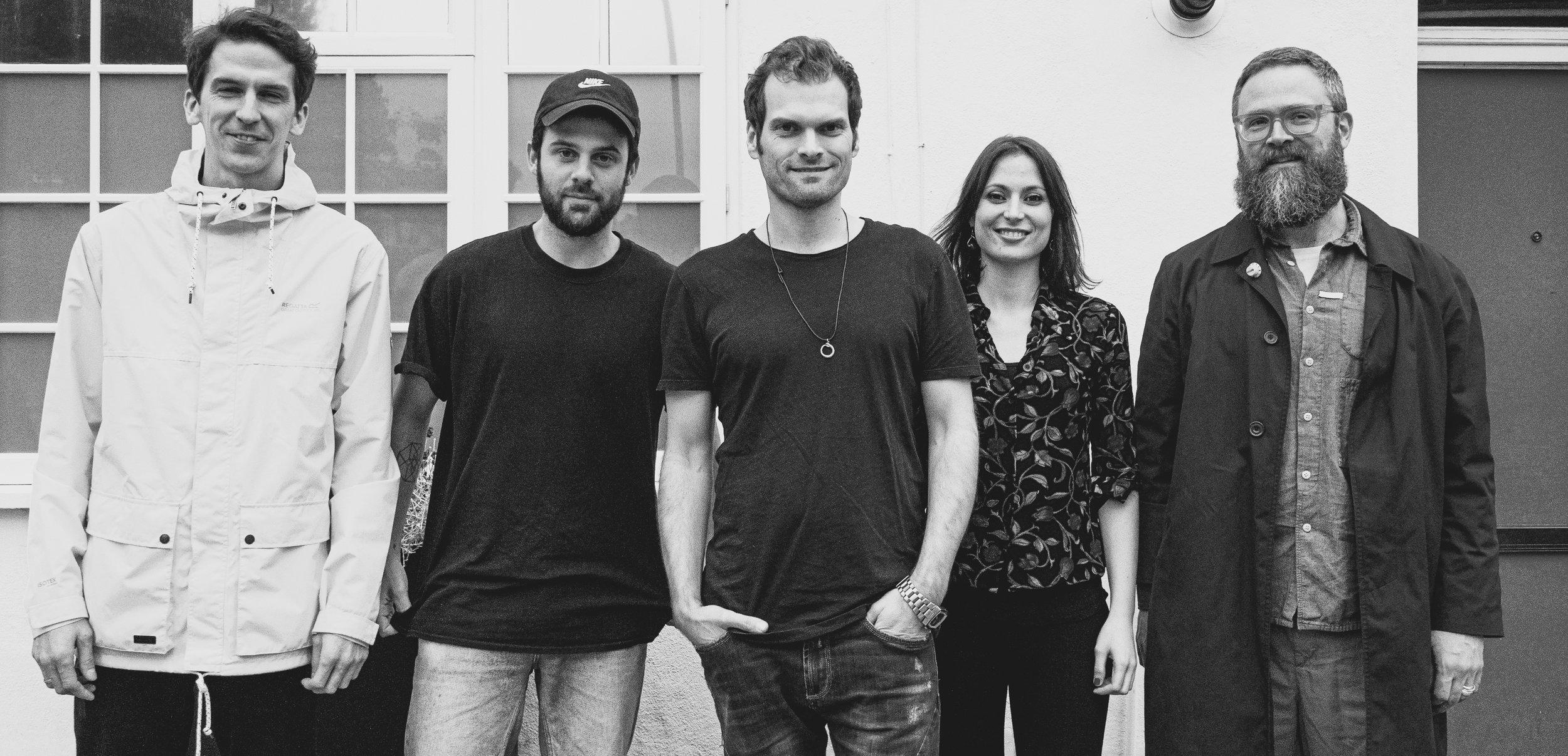 Graviton: Joshua Blackmore (drums), Josh Arcoleo (saxes), McCormack (keys), Noemi Nuti (vocals), Tom Herbert (bass)