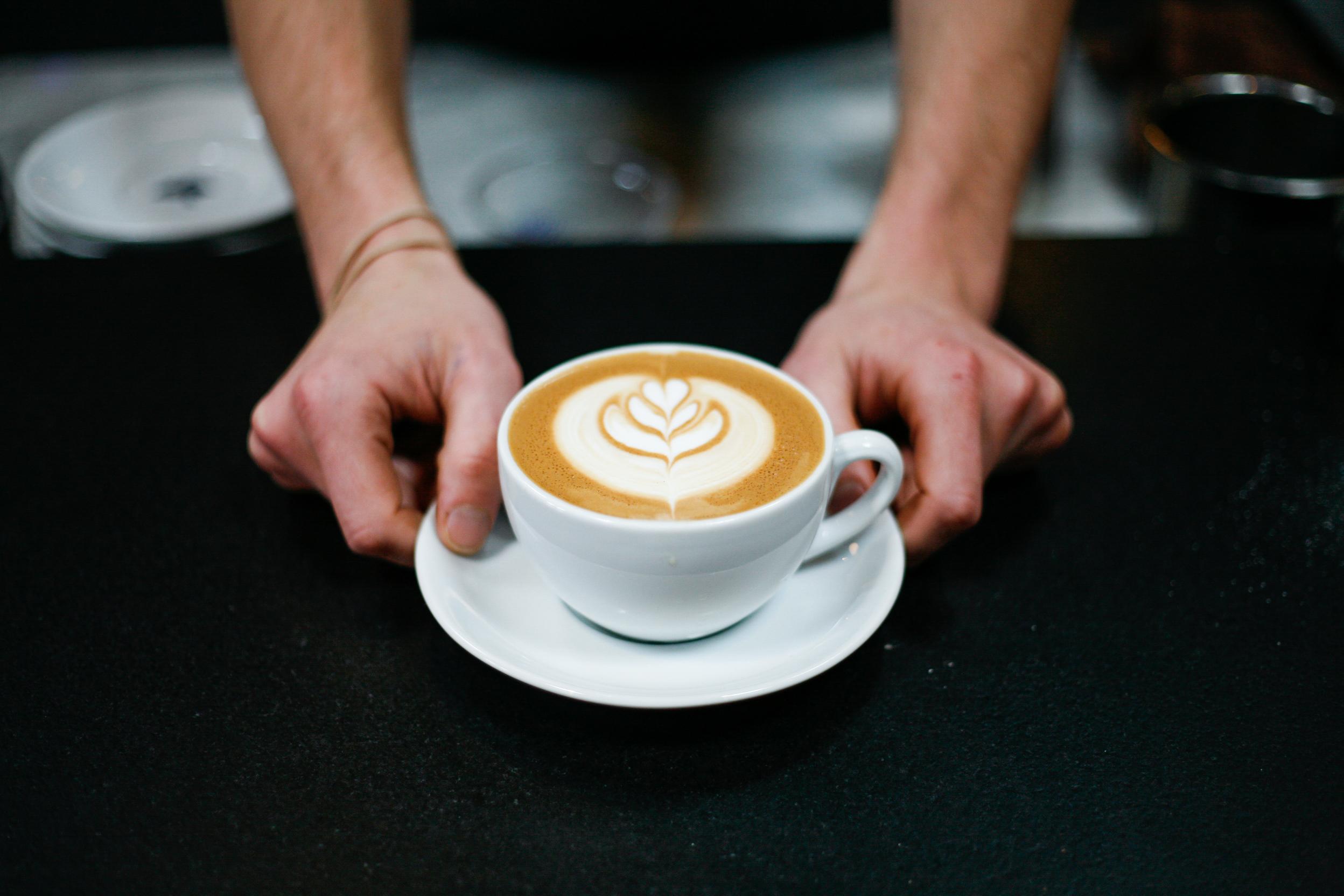 almond milk-1.jpg