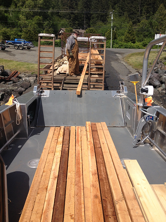 Loading up lumber for a deliver - the easy way.