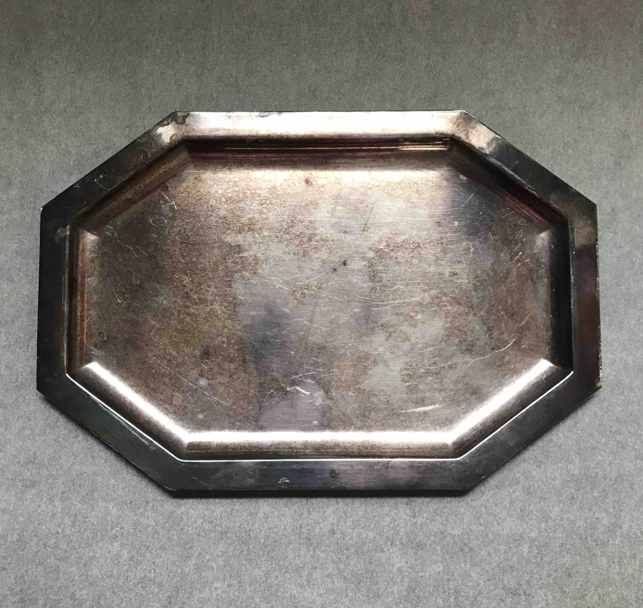 #13: tray detail