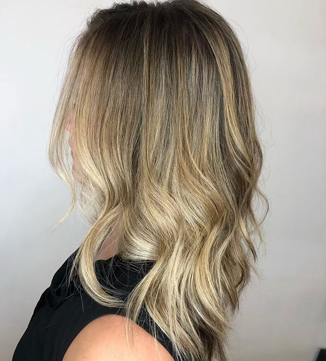 No harsh lines🙅🏼‍♀️ Blends ONLY😍 by @hairbymorganclements . . . #behindthechair #thesalonspa #thesalonspatracy #thesalonspastudios #bayareahair #bayareahairstylist #209hair #americansalon #modernsalon #hairgoals #tracyhair #tracyhairstylist #downtowntracy #livermorehairstylist #oribesalon #oribeobsessed #hairbrained #cosmoprof #cosmoprofbeauty #instahair #summerhair #btconeshot