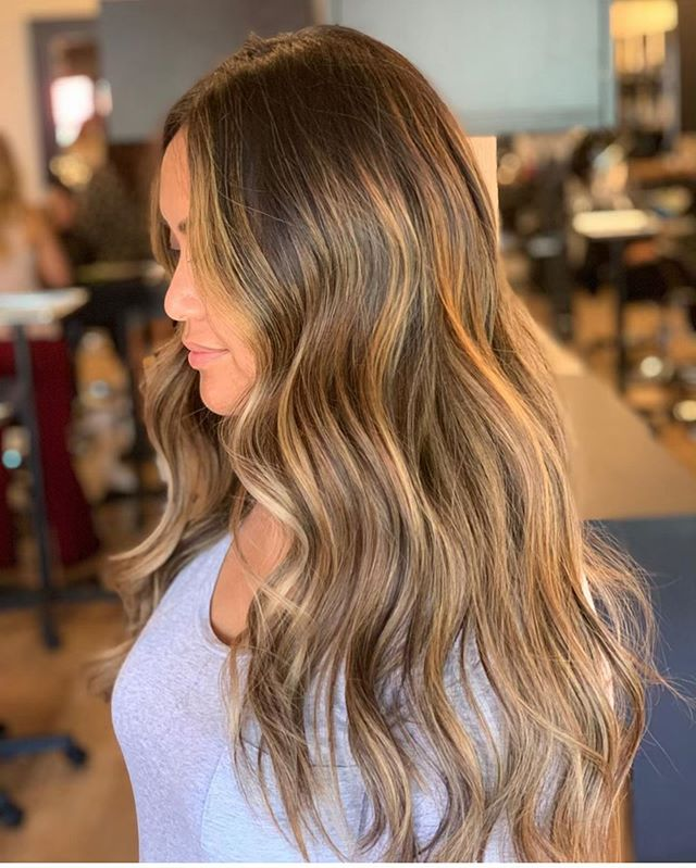 Melted warmth🔥 by @alicia.ibarra9312 . . . #behindthechair #thesalonspa #thesalonspatracy #thesalonspastudios #bayareahair #bayareahairstylist #209hair #americansalon #modernsalon #hairgoals #tracyhair #tracyhairstylist #downtowntracy #livermorehairstylist #oribesalon #oribeobsessed #hairbrained #cosmoprof #cosmoprofbeauty #instahair #summerhair #btconeshot #colorxg #paulmitchellcolorxg #paulmitchelldemi #demi #paulmitchell #paulmitchellus