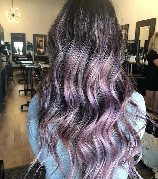 Summer vibes💜💗 by @lizzymnadeau . . . #behindthechair #thesalonspa #thesalonspatracy #thesalonspastudios #bayareahair #bayareahairstylist #209hair #americansalon #modernsalon #hairgoals #tracyhair #tracyhairstylist #downtowntracy #livermorehairstylist #oribesalon #oribeobsessed #hairbrained #cosmoprof #cosmoprofbeauty #instahair #summerhair #btconeshot