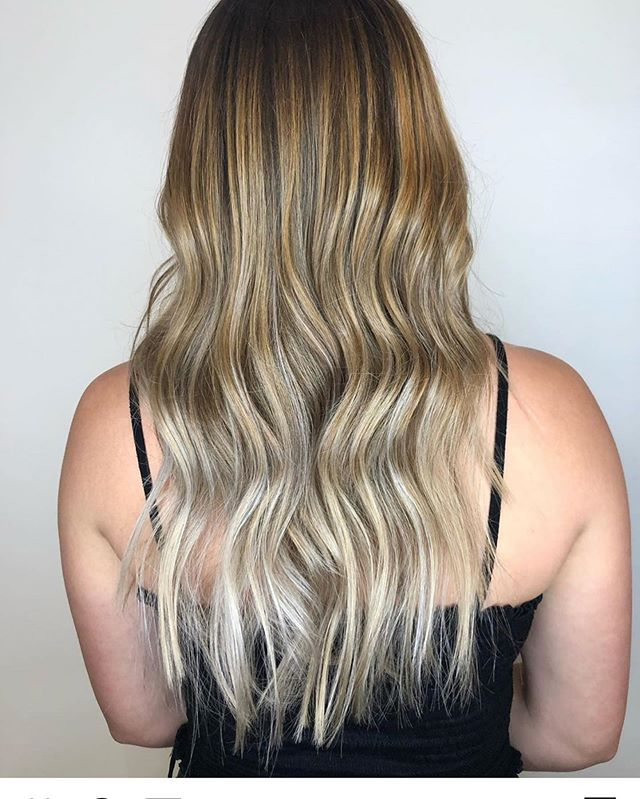 Ombré's are STILL in😍😍 by @hairbymorganclements . . . #behindthechair #thesalonspa #thesalonspatracy #thesalonspastudios #bayareahair #bayareahairstylist #209hair #americansalon #modernsalon #hairgoals #tracyhair #tracyhairstylist #downtowntracy #livermorehairstylist #oribesalon #oribeobsessed #hairbrained #cosmoprof #cosmoprofbeauty #instahair #summerhair #btconeshot