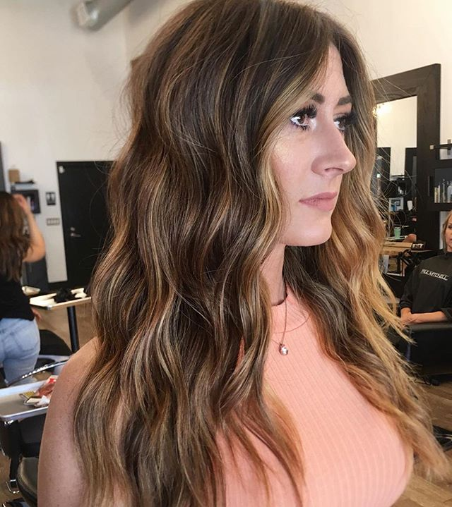 Warm beauty☀️ by @alyssastroup_ . . . #behindthechair #thesalonspa #thesalonspatracy #thesalonspastudios #bayareahair #bayareahairstylist #209hair #americansalon #modernsalon #hairgoals #tracyhair #tracyhairstylist #downtowntracy #livermorehairstylist #oribesalon #oribeobsessed #hairbrained #cosmoprof #cosmoprofbeauty #instahair #summerhair #btconeshot