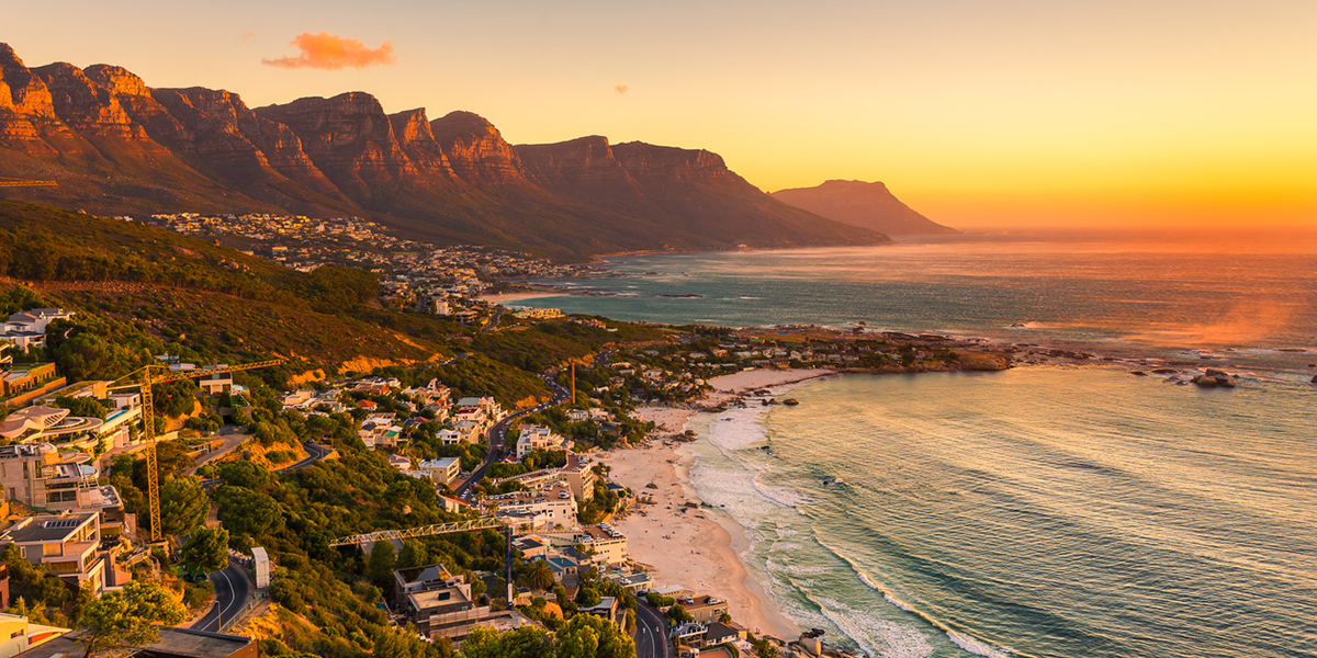 stars of south africa - Get the lifetime experience by getting up close with some of South Africas greatest treasures. This 15 day cruise takes you from Cape Town to Johannesburg.Starting cost $16,100/person