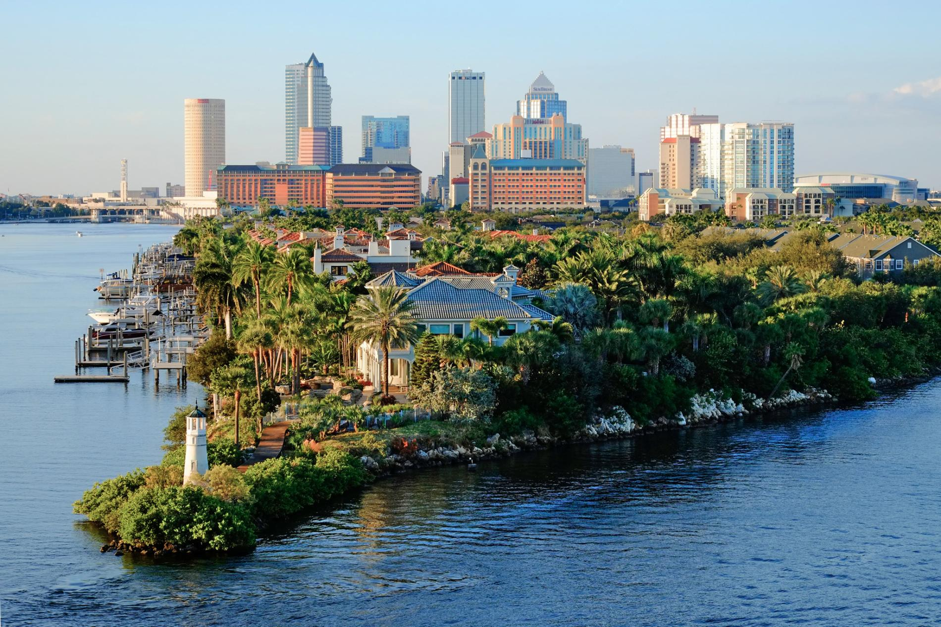 Tampa, Florida - Great weather, beaches, and a list of things to do and see. Not sure what to do while there? Don't worry, we can help. We can work around your budget while still giving you your best vacation!