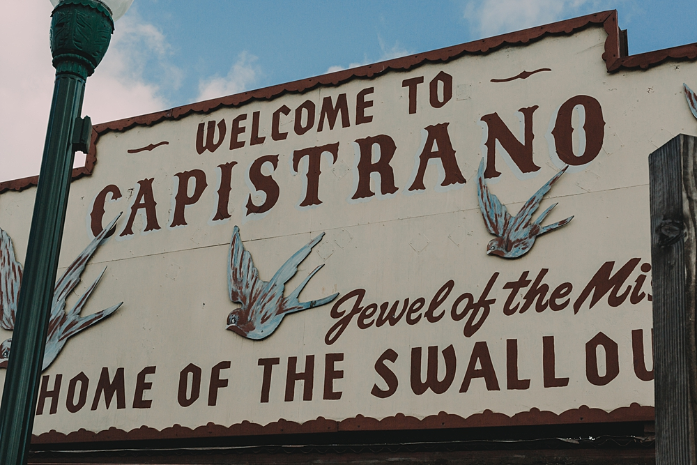 Welcome to San Juan Capistrano sign