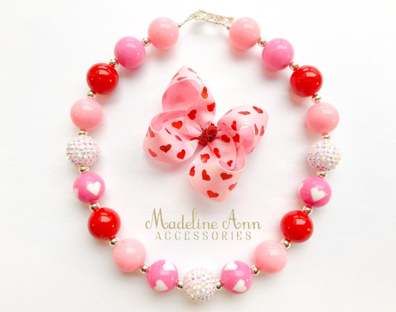 Valentine's Day Necklace & Bow