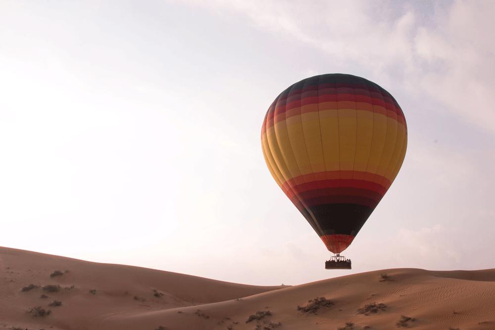 hot-air-balloon-desert-adventure.png