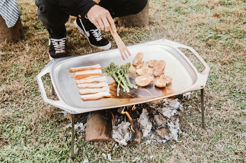Mister-Weekender_Primus-Outdoor_How-to-cook-over-a-campfire_10.png