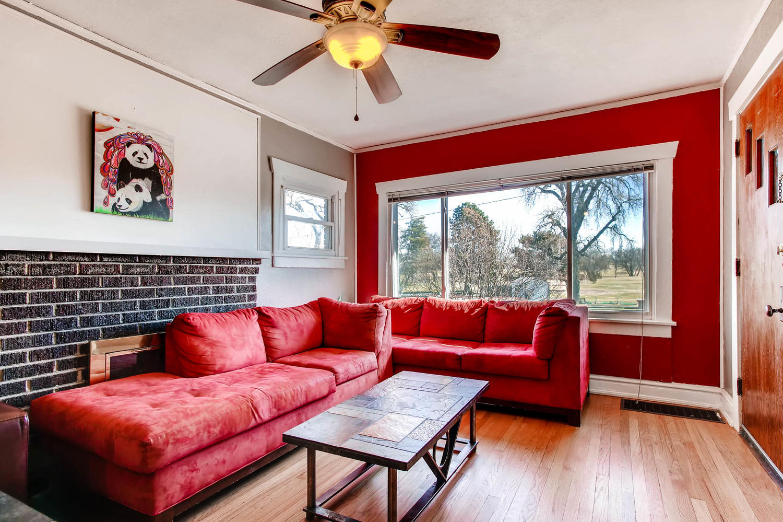 2435 York St-large-006-14-Living Room-1500x1000-72dpi.jpg