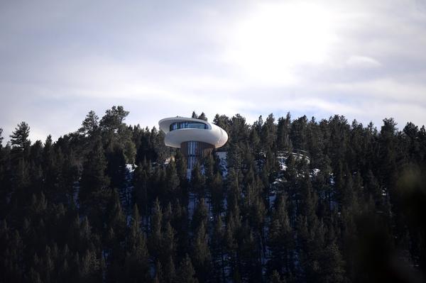 Colorado-spaceship-house14.jpg