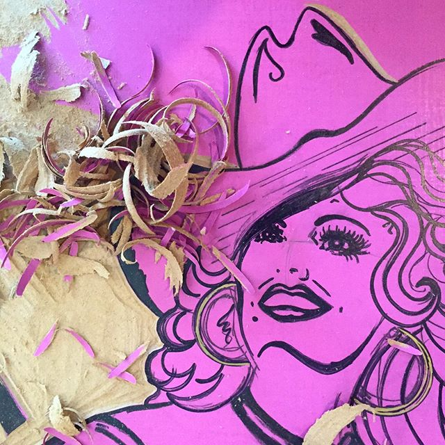 ✨💕 Catching up on my posts! This is my progress as of Aug. 22 ✨💕 #Dolly #DollyPardon #Diva #fabulous  #reliefprintmaking #reliefprinting #MDF #powergrip #Ugouge #pink #progress #slowandsteady #thebigtuna #BIGINK #HatchShowPrint #print #printlife #printmaker #NC #NCartist #NCprint #NCprintmaker #tools #sharping #art @biginkprints @hatchshowprint
