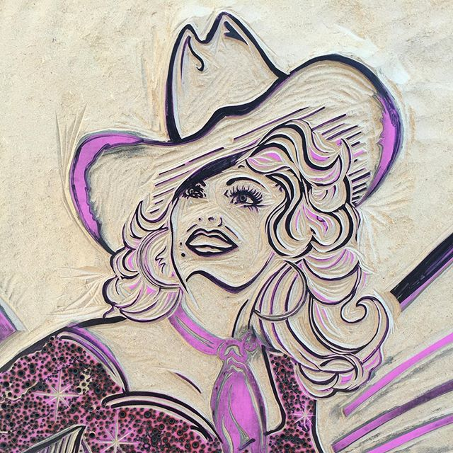 🦋💕✨ I am so excited to have the opportunity to participate in @biginkprints event tomorrow at the famous @hatchshowprint In music city, the heart of country music printing the Queen of country music,  Dolly Parton! @dollyparton ✨💕🦋 Sept 14 & 15 from 11 - 4 pm. This event is FREE and OPEN to the public at 224 5th Ave South in Nashville! #queen #queenofcountry #dolly #dollyparton