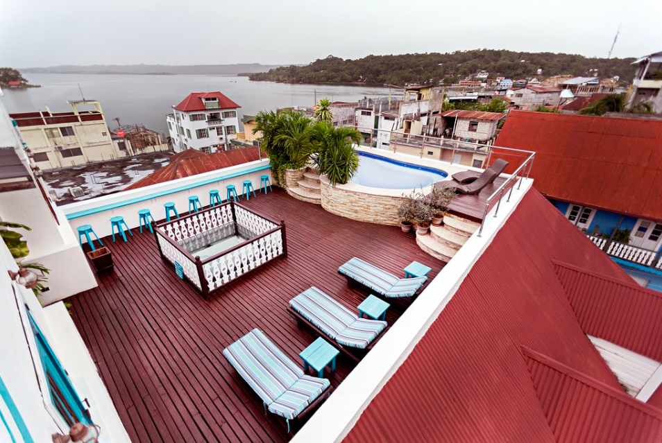 Hotel Pool & Rooftop Lounge
