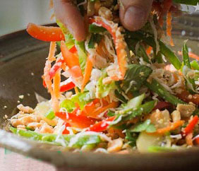 Spicy Peanut Salad