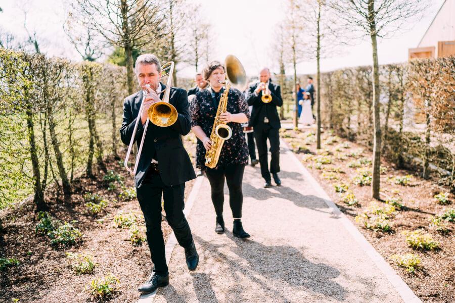 brassjunkies-marching-at-wedding-trombone-saxaphone-Chelsea & Richard-304.jpg