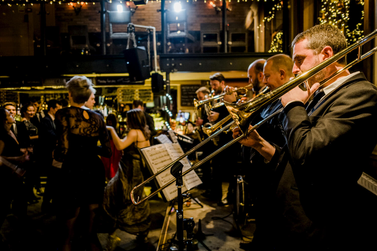 brassjunkies-brass-band-playing-on-stage-in-london-wedding.jpg