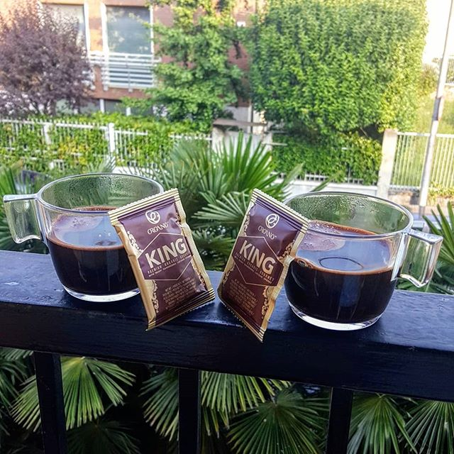 💚 It a a good day to have a good day. 💚 . Especially when it starts with King of coffee for Queen of coffee 👑😂 . Premium Gourmet Organic King of Coffee, ☕ infused with rare and exotic #ganodermalucidum Spore Powder. . #funfacts Spores are seeds that are produced and released by the Ganoderma last when it reaches maturity (after about 5-7 months of growth). See them like pollen of flowers, with their own #uniqueproperties . Feel free to DM for more info, since my health has strongly grown, I have done so many researchers, happy to share my #healthdiscoveries 💚 . #kingforqueens #eliyoga #healthylifestyle #changeyourcoffeechangeyourlife #alkaline #sharingthetreasureoftheworldwiththepeopleoftheworld #startingright #tastethegold