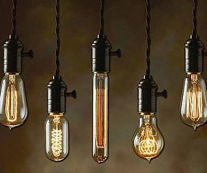 Vintage Light Bulb £8.75